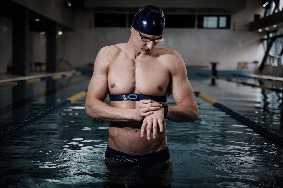 Best Cardio Exercises for Bad Knees - Swimming